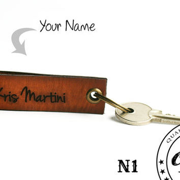 Leather keychain - Personalized keychain - Custom Name - Laser Etched - Wholesale - Merchandising - Boyfriend or Husbands gift