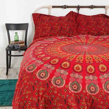 Tapestry Medallion Duvet Cover- Red