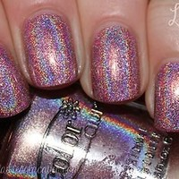 """Holographic Pink Halo Hue by Color Club """"Halo-graphic"""" Full Size Nail Polish"""