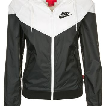 Nike Sportswear WINDRUNNER - Summer jacket - black/white - Zalando.co.uk