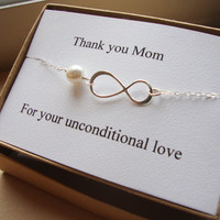 Infinity Bracelet with Card SET of TWO, Mother of Bride and Groom - eternity bracelet, wedding jewelry, silver bracelet, lovely wedding gift