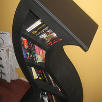 Handmade 4ft Curved Shelf, Flat Black