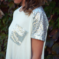 SZ LARGE Holiday Frost Ivory Sequin Pocket Tee