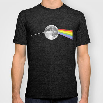 Dark Side of the Moon. T-shirt by Nick Nelson