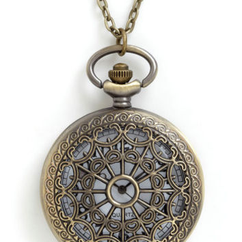 ModCloth Vintage Inspired, 30s, 40s, Steampunk, Scholastic Turn Back Time Necklace in El Prado
