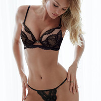 NEW! Lace Plunge Push-Up Bra