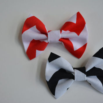Red and White Chevron and Black and White Chevron small hair bow set, baby bows, Bow clips, small fabric hair bows