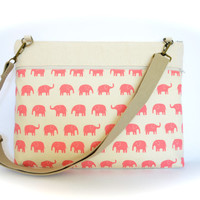 "Pink Elephants Laptop Bag fits 13.3"" MacBooks Padded Laptop Case with Strap"