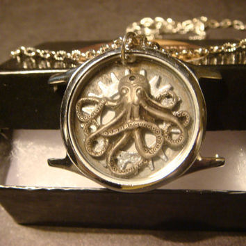 Steampunk Vintage Watch Case with Octopus And Gear Necklace (1020)