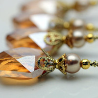 Golden Pearl and Golden Oval Hexagon Faceted Crystal Bead Earring Dangle Dangle Necklace Pendant Charm Drop Set