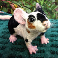Adorable OOAK pet MOUSE / RAT - needle felted soft sculpture - fiber art - QofQ