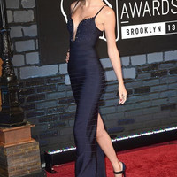 Taylor Swift Alluring Plunging Neckline Bandage Evening Gown