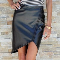 ZIPPER LEATHERETTE SKIRT
