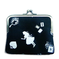 Alice in Wonderland Coin Purse by retrospettive on Etsy