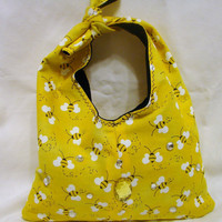 Signs of Spring Honeybee Handmade Purse by bagsbyhags45 on Etsy