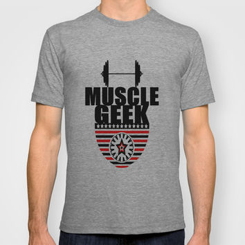 MUSCLE GEEK T-shirt by Robleedesigns