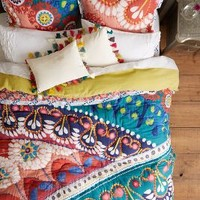 Tahla Quilt by Anthropologie Red Motif