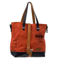 Red Canvas Leather Tote // Upcycled and Handmade by p4u - Model pauline-2127