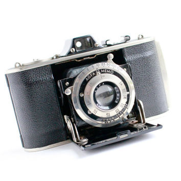 Antique AGFA Memo 35mm Camera - Vintage Art Deco 1930s Fold Up Accordion Style Small Home Deco /  Ansco Corporation
