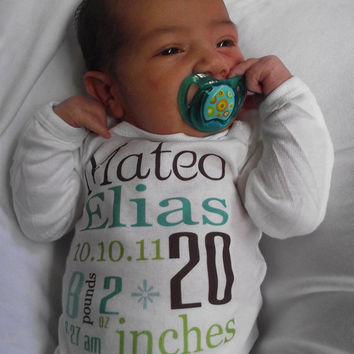 Birth Announcement Onesuit...Personalized Newborn or 0-3 Month Onesuit ...Love Custom Orders Feel Free to Request...birth announcement