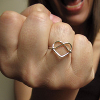 $30.00 Silver Ring Heart Ring Simple Wire Knotwork by girltuesdayjewelry