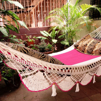 Beautiful Two Colors Beige Fuchsia Single Hammock hand-woven Natural Cotton Special Fringe