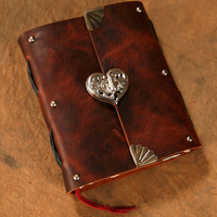 Leather Journal - Heart Clasp - Brown -  Notebook - Diary - Sketchbook