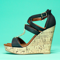 Simply Carefree Wedge