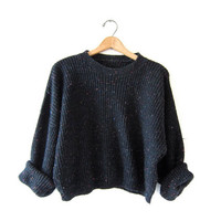 Vintage speckled black sweater. Cropped sweater. Boxy pullover. Loose knit sweater.