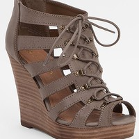 Restricted Magia Sandal