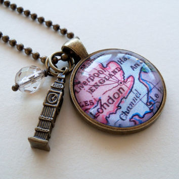 Map Pendant Necklace - London England - Big Ben Charm - British Jewellery - Travel Necklace - Great Britain Necklace - One Inch Circle