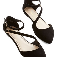 ModCloth A Day in Your Shoes Flat in Noir