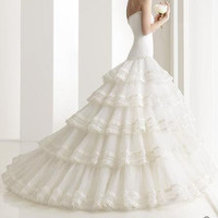 Beautiful Wedding dress by lovelyvintagejewels on Etsy