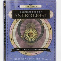 Llewellyn's Complete Book Of Astrology: The Easy Way To Learn Astrology By Kris Brandt Riske MA - Assorted One