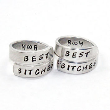 Best Bitches Rings With Initials, Best Friend Match Rings, BFF Hand Stamped Personalized Ring, Friendship Jewelry, Besties Twist Rings