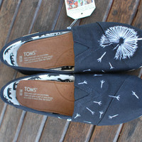Dandelion TOMS by BStreetShoes on Etsy