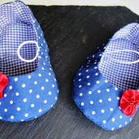 Navy blue Polka dot baby girl shoes, vintage baby loafers with red flower, infant crib booties, baby summer slippers, infant shoes