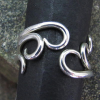 Curvy Stacking Set of 3 Rings by DogSkinStudio on Etsy