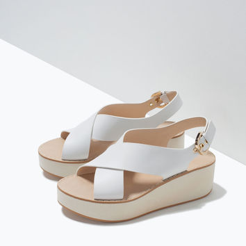 CROSSOVER LEATHER WEDGES New