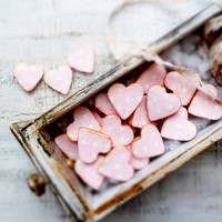 Set of 150 rustic wedding favors heart magnets cottage chic guest favors shabby chic bridal shower pink gold creamy white polka dot