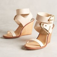 Dolce Vita Julissa Wedges Honey