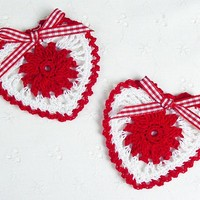 Set of 2 - Cute Crochet Valentines Day Red Heart Appliques