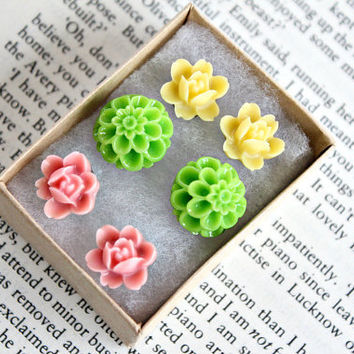 3 spring post earrings gift set flowers by GypsyAffairs on Etsy