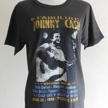 The Fabulous Johnny Cash Shirt Rock Country Music --  Johnny Cash T-Shirt Music T-Shirt Black Tee Shirt Women T-Shirt Men T-Shirt Size M