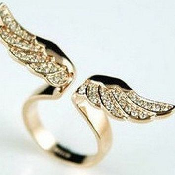 Tanboo K4682 Size 7 Fashion Exquisite Rhinestone Angel Wing Ring for Women,with Tanboo Card and Gift Box