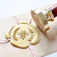 Bee Wreath Gold Plated Wax Seal Stamp x 1
