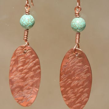Hammered Oval Copper Earrings with Round by LesleyPridgen on Etsy