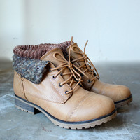 sweater boots tan