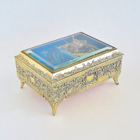Memory Gilded Butterfly Music Jewelry Box