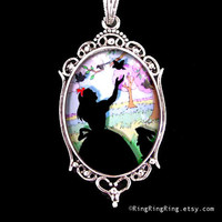 Snow White pendant silver necklace Birds Picture by RingRingRing